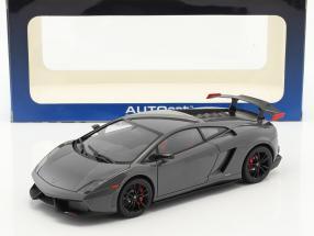 Lamborghini Gallardo LP570 Supertrofeo Stradale Baujahr 2011 grau 1:18 AUTOart