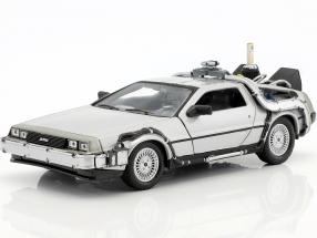 DeLorean Time Machine Flying Wheel Version Back to the Future II (1989) silver metallic 1:24 Welly