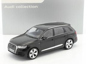 Audi Q7 Baujahr 2015 orcaschwarz 1:18 Minichamps