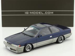 Nissan Leopard 3.0 Ultima (F31) blau 1:18 Ignition Model