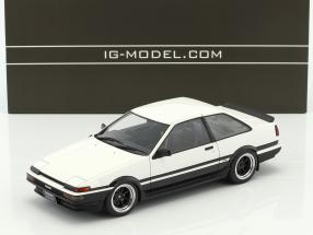 Toyota Sprinter Trueno (AE86) 2-Door GT Apex weiß / schwarz 1:18 Ignition Model