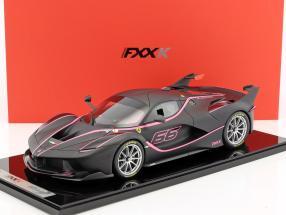 Ferrari FXX-K #66 mattschwarz / rosa 1:12 BBR