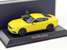 Ford Mustang Fastback Baujahr 2015 gelb 1:43 Norev