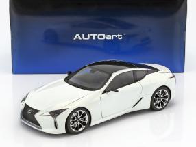 Lexus LC 500 Baujahr 2018 weiß 1:18 AUTOart