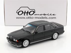 BMW E34 M5 Phase I Baujahr 1989 schwarz 1:18 OttOmobile