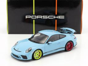 Porsche 911 (991 II) GT3 Baujahr 2018 gulfblau mit verschiedenfarbigen Rädern 1:18 Minichamps