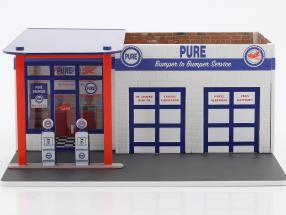 Vintage gas station Pure Oil Mechanic's Corner Series III 1:64 Greenlight