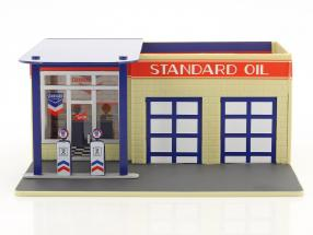 Vintage gas station Standard Oil Mechanic's Corner Series III 1:64 Greenlight