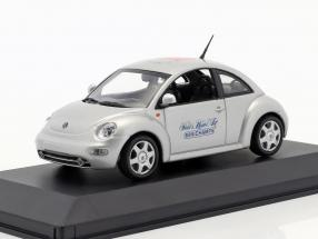 Volkswagen VW New Beetle Toy Fair Nürnberg 1999 silver 1:43 Minichamps