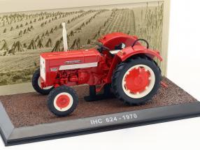 IHC 624 Traktor Baujahr 1970 rot 1:32 Atlas