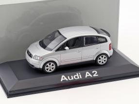 Audi A2 silber metallic 1:43 Minichamps