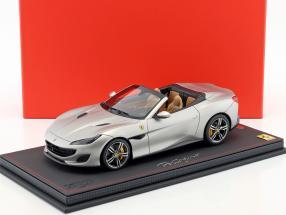 Ferrari Portofino Baujahr 2017 matt silber 1:18 BBR