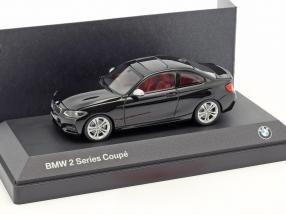 BMW 2 Series Coupe (F22) black 1:43 Minichamps