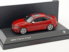 BMW 2 Series Coupe (F22) red 1:43 Minichamps