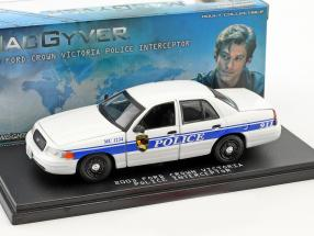 Ford Crown Victoria Police Interceptor Baujahr 2003 TV-Serie MacGyver (seit 2016) 1:43 Greenlight