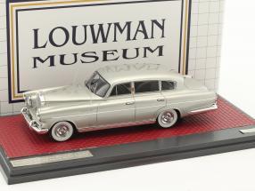 Rolls Royce Silver Wraith LWB Special Saloon Vignale Baujahr 1954 silber metallic 1:43 Matrix