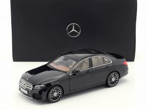 Mercedes-Benz E-Klasse (W213) AMG Line obsidian schwarz 1:18 iScale