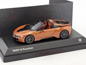 BMW i8 Roadster Baujahr 2018 kupfer metallic / schwarz 1:43 Minichamps