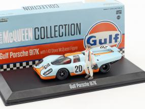 Gulf Porsche 917K with Steve McQueen Figure 86435 Greenlight 1 43 Steve McQueen Collection