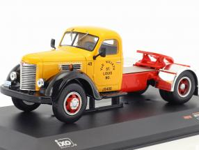 International Harvester KB7 Baujahr 1948 gelb / rot / schwarz 1:43 Ixo