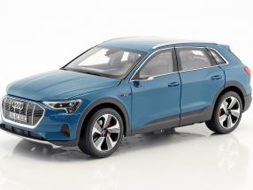 Audi e-tron antigua blue 1:18 Norev