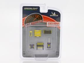 GL Muscle Shop Tool Set Michelin 1:64 Greenlight