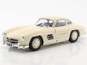 Mercedes-Benz 300 SL (W198) Baujahr 1955 creme 1:18 Minichamps