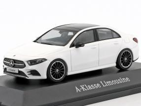 Mercedes-Benz A-Klasse Limousine (V177) polar weiß 1:43 Herpa