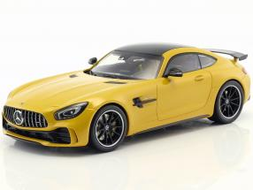 Mercedes-Benz GTR Baujahr 2017 gelb 1:18 Minichamps