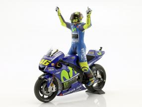 Valentino Rossi Yamaha YZR-M1 #46 Winner MotoGP Assen 2017 with figure 1:12 Minichamps