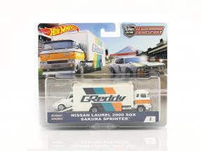 2-Car Set Sakura sprinter with Nissan Laurel 2000 SGX white / blue / orange 1:64 HotWheels