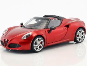 Alfa Romeo 4C Spider mit abnehmbarem Dach Baujahr 2015 rot metallic 1:18 AUTOart