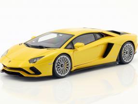 Lamborghini Aventador S Baujahr 2017 perlgelb 1:18 AUTOart