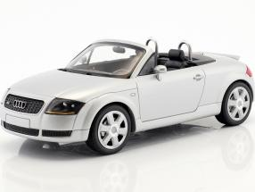 Audi TT Roadster year 1999 silver metallic 1:18 Minichamps
