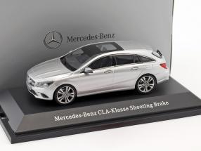 Mercedes-Benz CLA-Klasse Shooting Brake X117 Year 2015 polar silver 1:43 Kyosho
