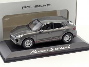 Porsche Macan S Diesel year 2013 achat gray 1:43 Minichamps