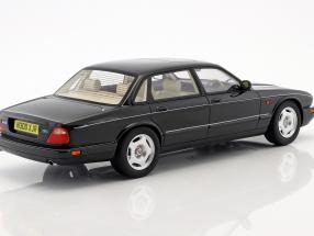 Jaguar XJR X300 Baujahr 1995 schwarz metallic  Cult Scale