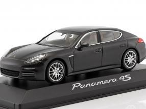 Porsche Panamera 4S gray 1:43 Minichamps