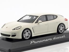 Porsche Panamera Diesel 2012 carrera white 1:43 Minichamps