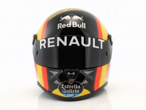 Carlos Sainz jr. Renault R.S.18 formula 1 2018 helmet 1:2 Schuberth