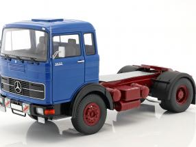 Mercedes-Benz LPS 1632 Tractor year 1969 blue / dark red 1:18 Road Kings