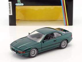 BMW 850i E31 Baujahr 1989 - 1992 dunkelgrün metallic 1:24 Schabak
