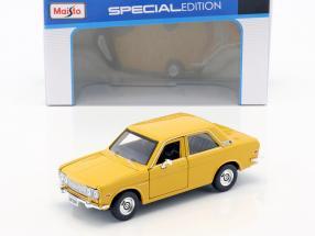 Datsun 510 Baujahr 1971 gelb 1:24 Maisto