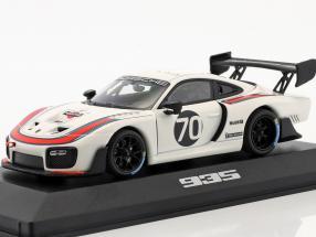 Porsche 935 #70 2018 (basierend auf 911 (991.2) GT2 RS) 1:43 Minichamps