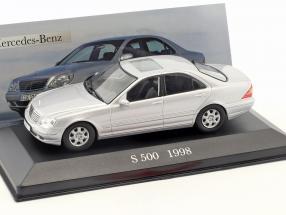 Mercedes Benz S 500 (W220) Baujahr 1998 silber 1:43 Ixo Altaya