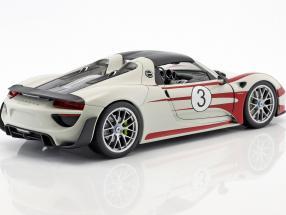 Porsche 918 Spyder #3 Salzburg Design weiß / rot