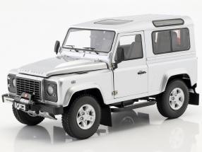 Land Rover Defender 90 built 2007 indus silver 1:18 Kyosho
