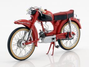 Victoria Avanti MK2 Baujahr 1956-1959 rot / schwarz 1:10 Schuco