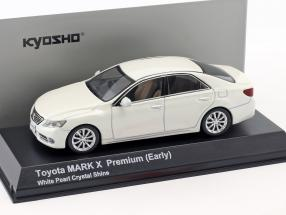 Toyota Mark X Premium (Early) pearl white 1:43 Kyosho
