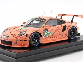 Porsche 911 (991) RSR #92 Pink Pig Tribute 24h LeMans 2018 Porsche GT Team 1:12 with showcase Spark